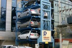 Moderne Parkplätze